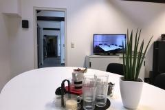Test.Factory: Beobachtungsraum mit Livestream aus dem Gruppenraum